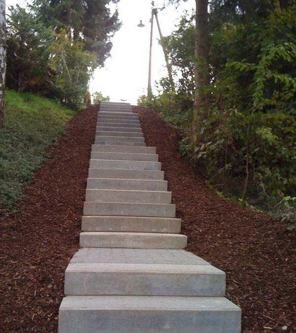 Neue Treppe zwischen Bühnhardt und Stangerwald