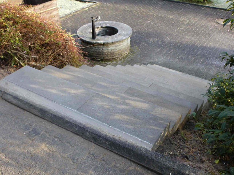 Erneuerung Friedhofstreppe